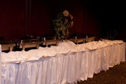 banquet buffet line